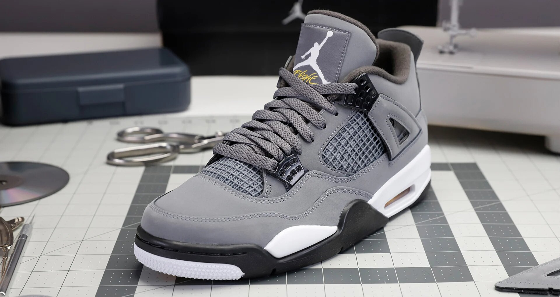 Air-Jordan-4-Cool-Grey